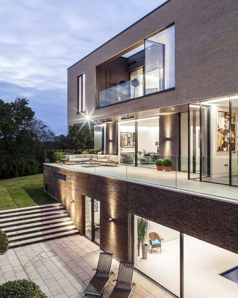 glazed extension to modern home in London